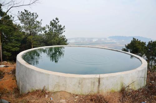钢筋混凝土蓄水池清洗